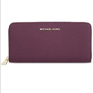 🌷 Michael Kors Jet Set Wallet 🌷